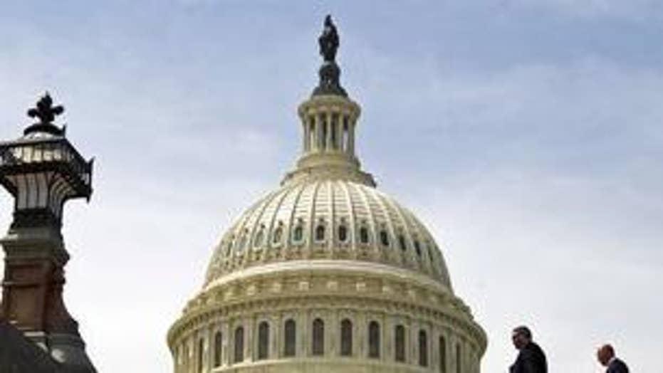 Growing pressure on Dem senators as gov't remains closed