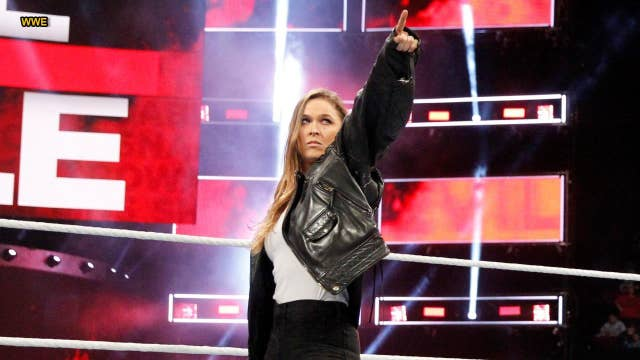 Ronda Rousey signs full-time deal to perform in WWE