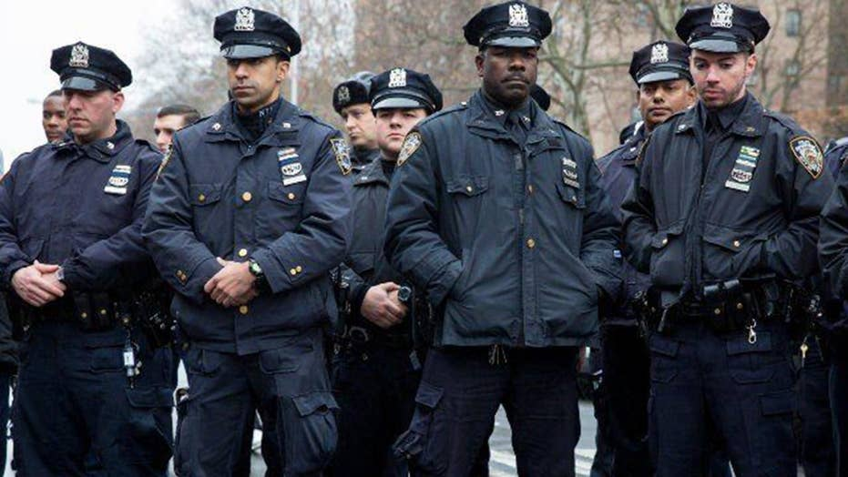 NYPD officers ordered to limit cooperation with ICE