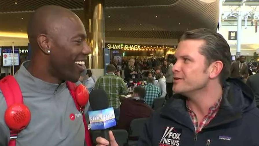Pete Hegseth goes one-on-one with the former Eagles player ahead of the big game.