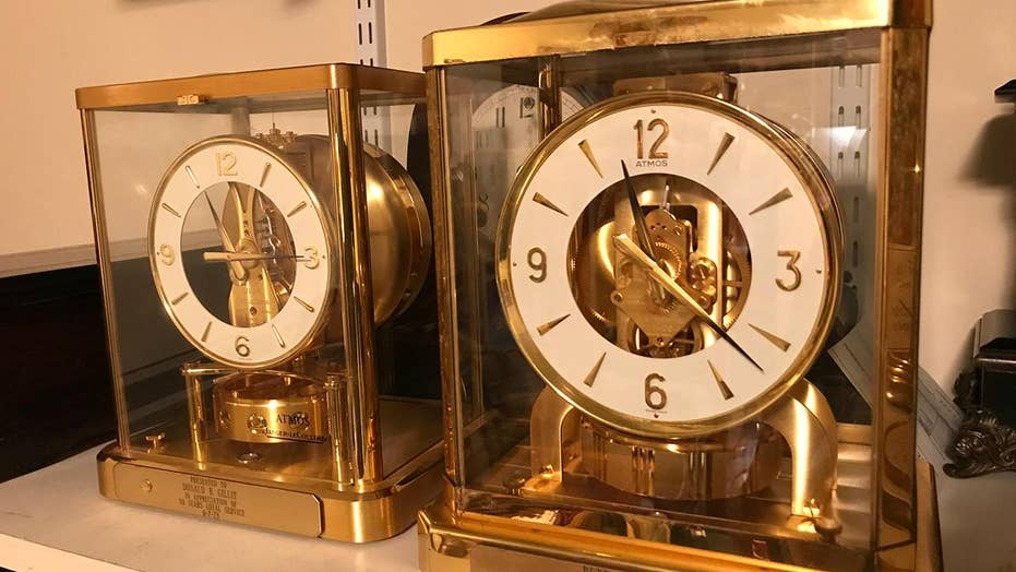 Clock 'doctors' help keep old clocks ticking