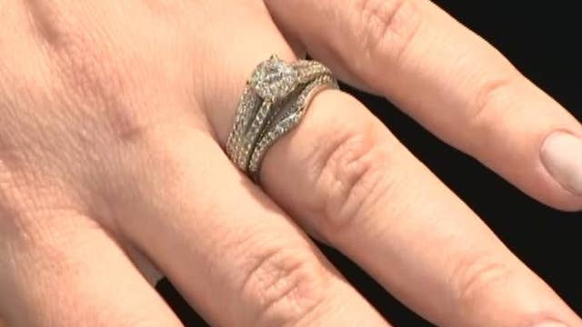 Pop-up marriage license office to open at Vegas airport