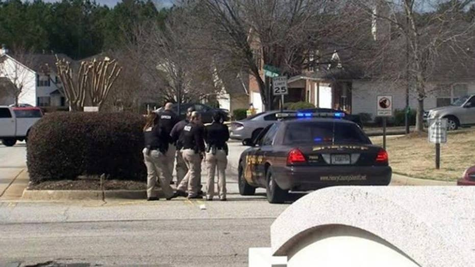 Officer killed, 2 deputies wounded in Locust Grove, Georgia