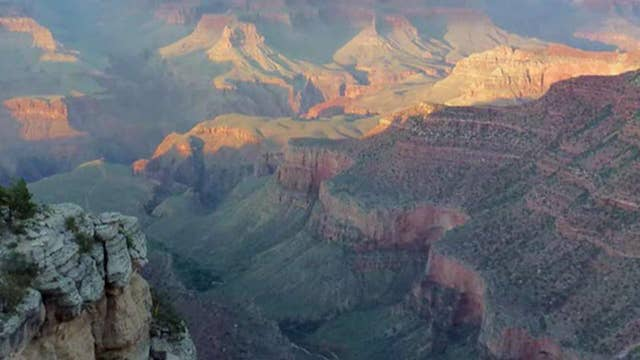 Grand Canyon helicopter crash kills three