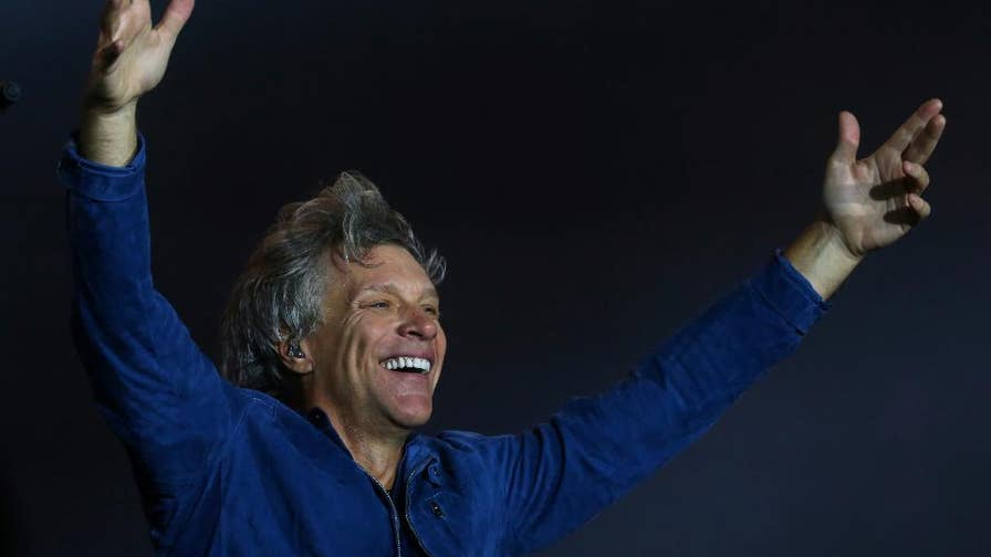 "Bon Jovi was ""living on a prayer"" when he tried selling his luxury New York City duplex pad for $17 million.  Despite luxury home sales being sky high, the superstar dropped the price more than $2 million to finally offload it."