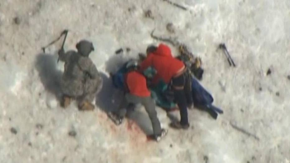 Climber rescued from Mt. Hood has died