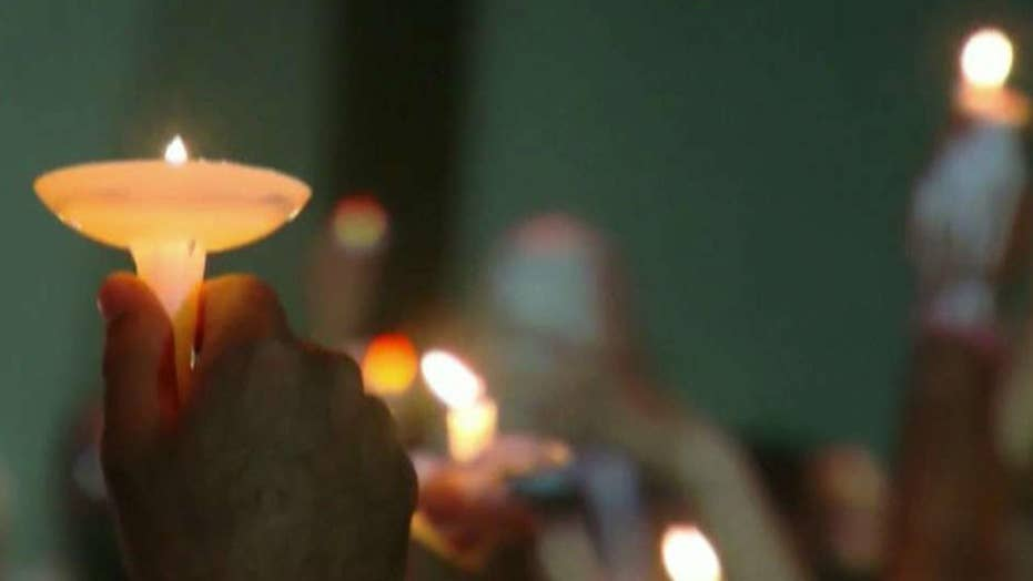 Vigil held for Florida shooting victims
