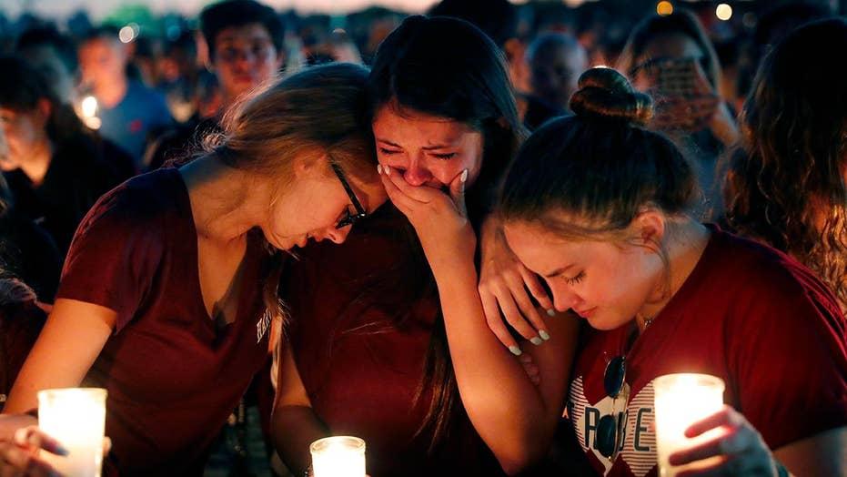 Media polarize school shooting