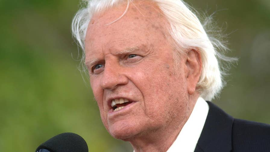 Rev. Billy Graham, Christian Evangelist and spiritual adviser, has died at age 99. Both political and religious leaders took to social media to pay their respects to the man who was called a 'Pastor to the Presidents.'