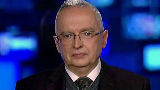 Lt. Col. Ralph Peters calls for assault weapons ban