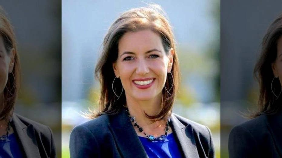 Oakland mayor alerts illegal immigrants to ICE raids