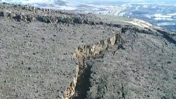 5 holdouts in Yakima, Washington neighborhood as threat of landslide looms.