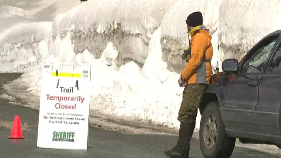 Avalanche kills two snowshoeing teens in Washington