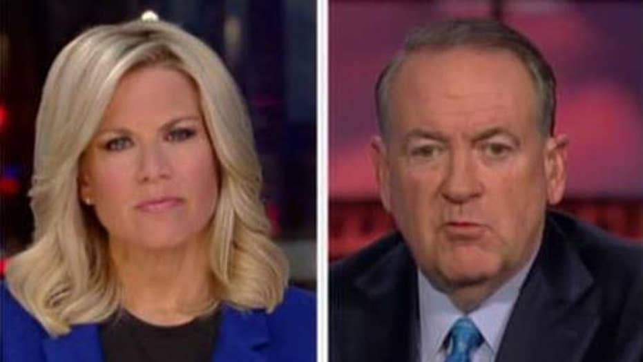 Mike Huckabee speaks out after quitting country music board