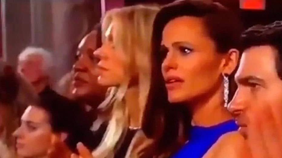 Jennifer Garner reacts to her Oscars face going viral