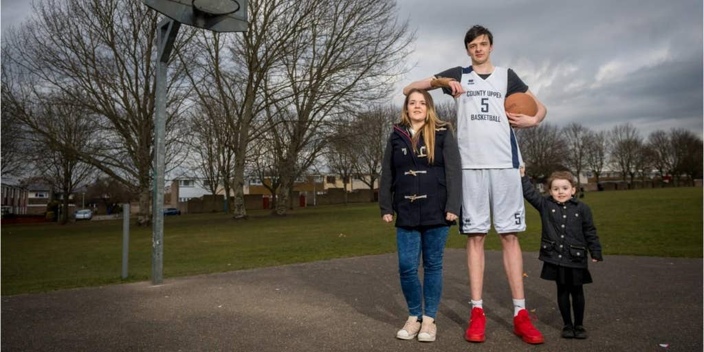 He's 16 and he's gigantic: Meet world's tallest teenager   Fox News