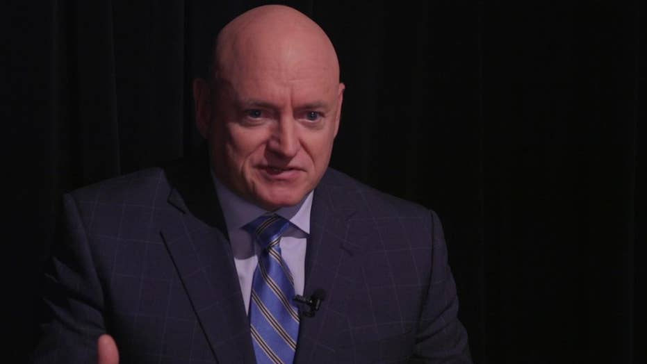 Astronaut Scott Kelly addresses lack of confidence in science