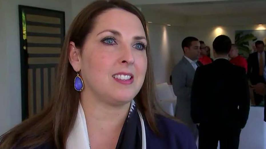 Republicans court voters in Hispanic community