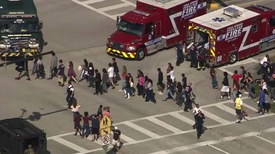 Audio directly contradicts claims made by the armed school resource officer; the president of the Broward County Sheriff's Deputies Association reacts on 'The Story.'