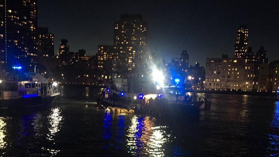 Helicopter crashes New York City, 5 dead
