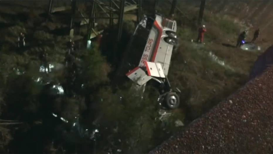 Charter bus carrying students plunges into Alabama ravine