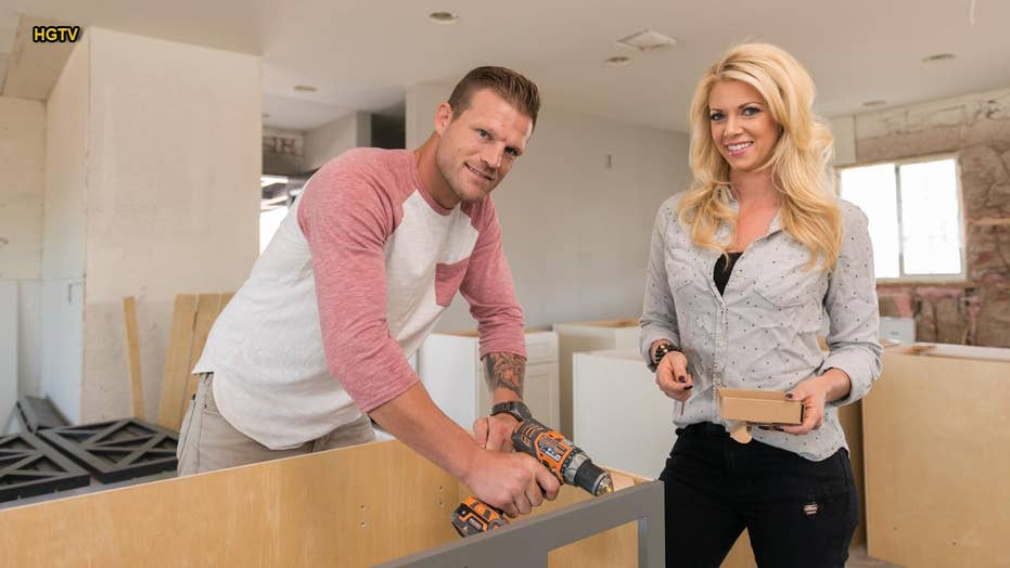 2f978e3ee5a019 Flip or Flop Vegas  stars Bristol and Aubrey Marunde live by one ...