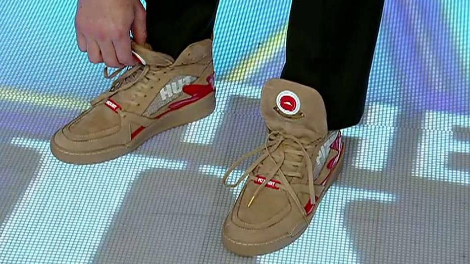Pizza Hut's Pie Tops II shoes pause live TV and order pizza