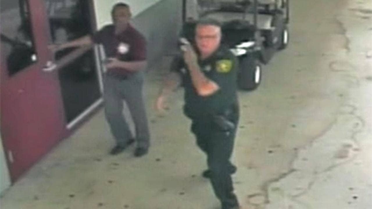 Scot Peterson, disgraced Parkland school cop, starts getting $8,702-a-month pension