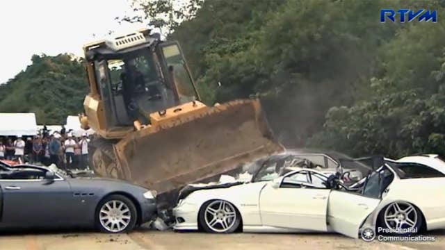 Duterte oversees another round of luxury car destruction