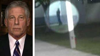 Mark Fuhrman analyzes Parkland shooting surveillance video