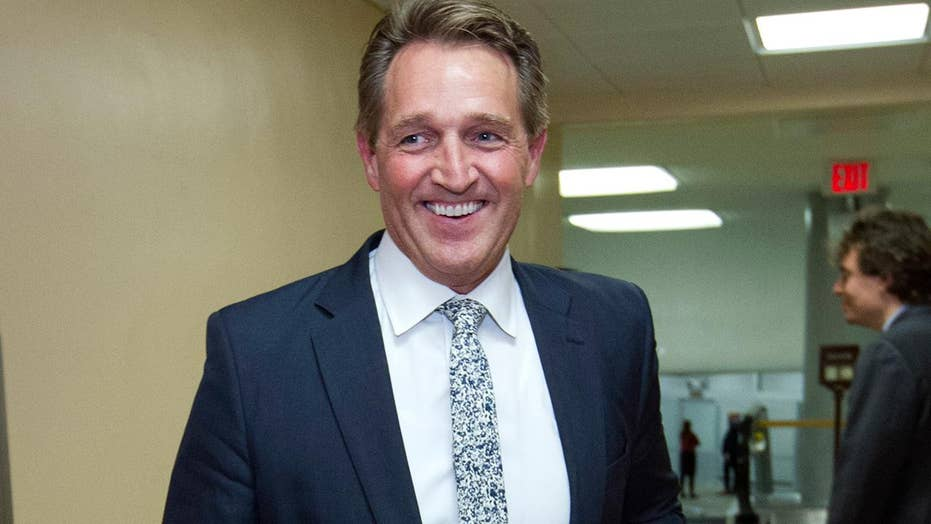Jeff Flake readying primary challenge for President Trump?
