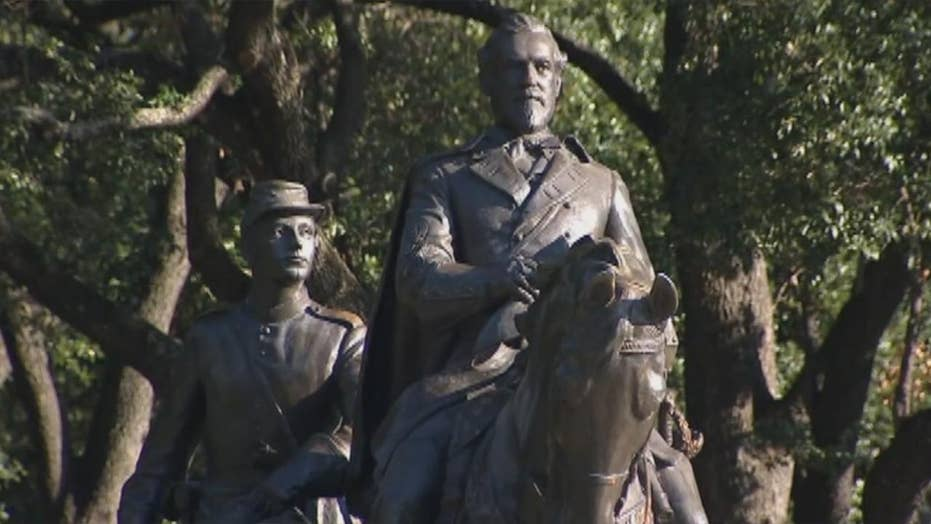 Fate of Robert E. Lee statue remains in limbo