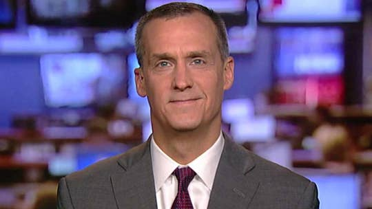 Former Trump campaign manager discusses the president being criticized for congratulating Putin, Mueller probe, Cambridge Analytica controversy.