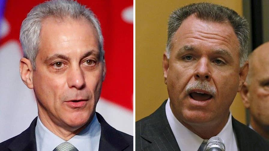 Former Chicago Police Superintendent Garry McCarthy announces bid against Mayor Emanuel.