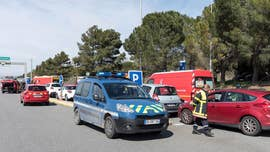 "A French police officer who offered himself up in a hostage swap Friday after an armed man reportedly yelling ""Allahu Akbar"" went on a rampage in southern France, has died, a report said early Saturday."