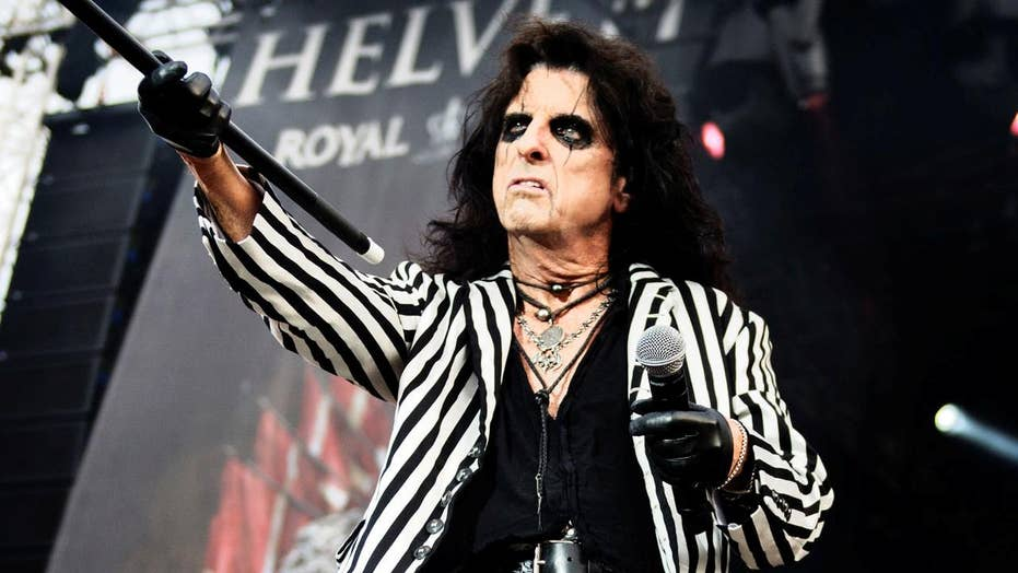 Alice Cooper says faith helped him overcome his alcoholism
