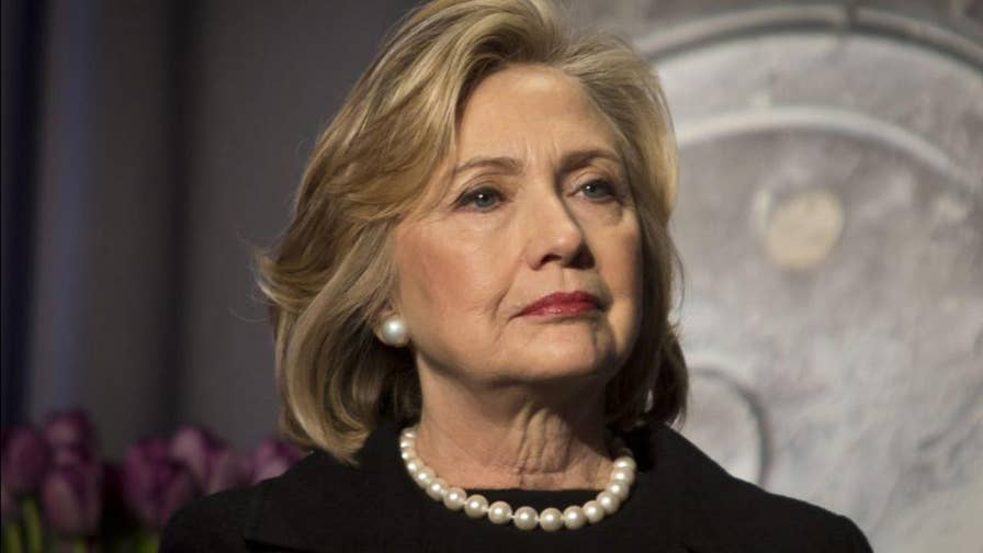 Rep. Goodlatte subpoenas the Justice Department for Clinton investigation records. Peter Doocy reports.