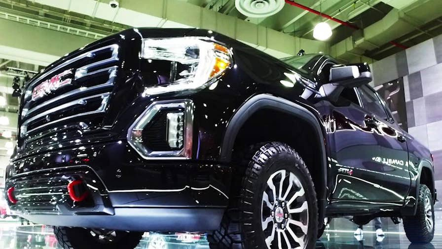 GMC design director Helen Emsley talks to Fox News Autos about what went into creating the biggest and baddest version of the new GMC Sierra pickup.