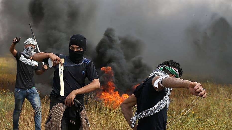 Gaza clashes leaves 7 dead, hundreds injured