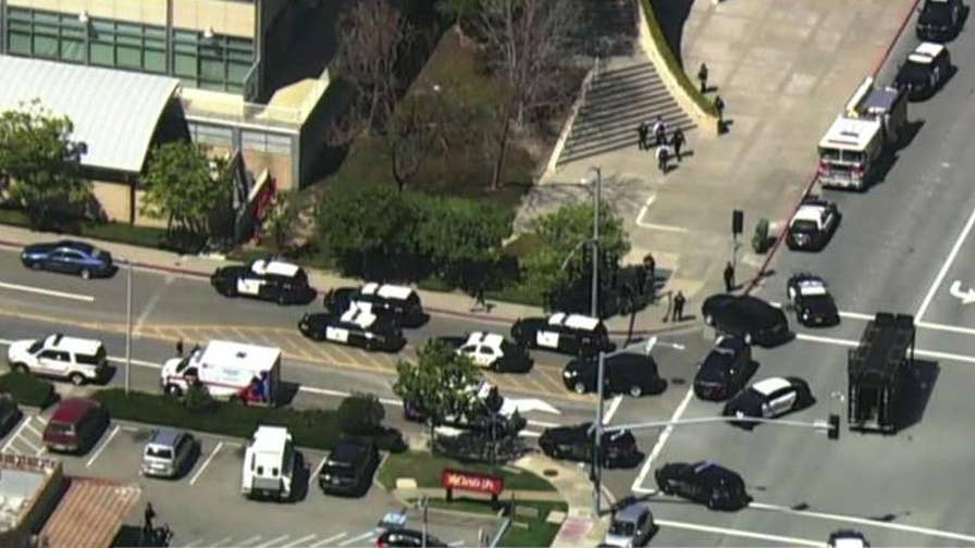 Massive police response in California; YouTube campus on lockdown as authorities work to evacuate the building.