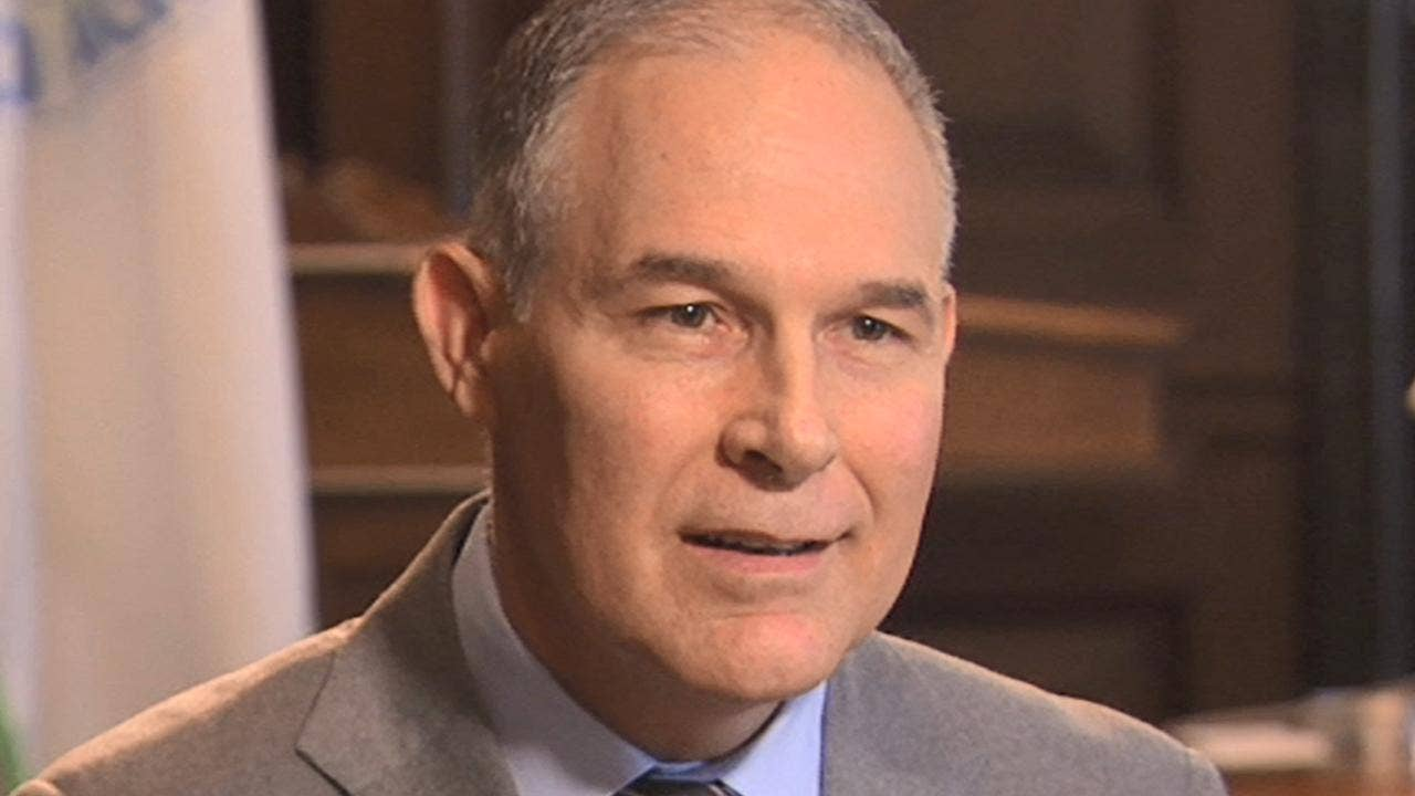 Conservative senators race to EPA chief Scott Pruitt's defense