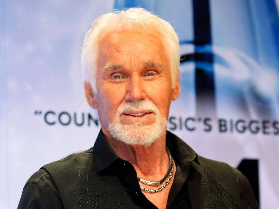 Kenny Rogers Cancels Remaining Farewell Tour Dates Citing
