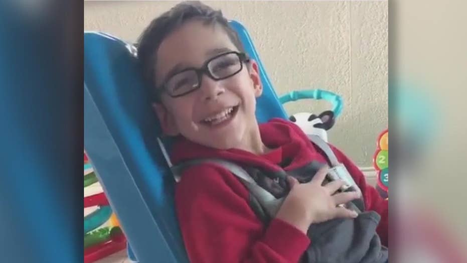 5-year-old with cerebral palsy recites Pledge of Allegiance