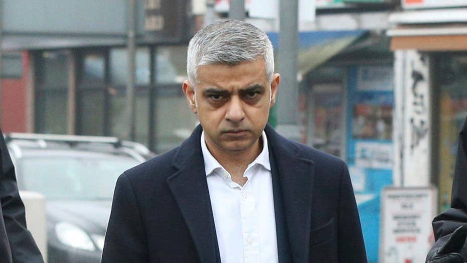 London mayor calls for 'knife control' to reduce murder rate