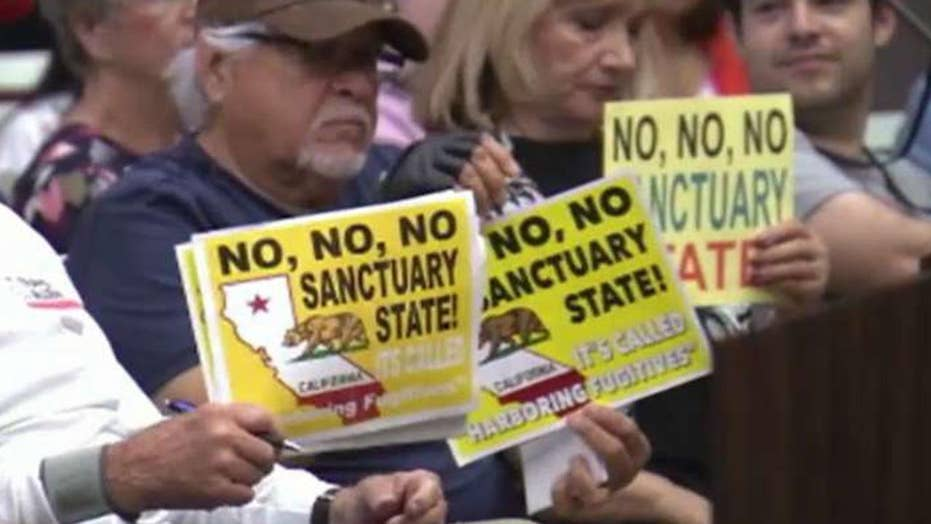 Newport Beach, California joins fight against sanctuary law