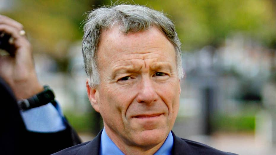 Trump pardons former Cheney chief of staff Scooter Libby