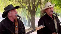 The country music duo performs 'If I Said You Had A Beautiful Body.'