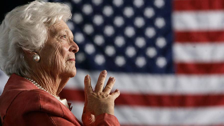 John Sununu, former President George H.W. Bush's Chief of Staff, pays tribute to former first lady Barbara Bush, says she could tell the phonies from the real people, and was the 'enforcer' of the Bush family. #Tucker