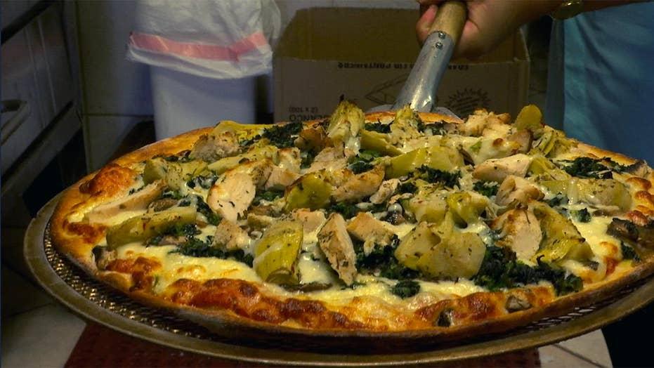 Houston pizzeria pays tribute to Barbara Bush