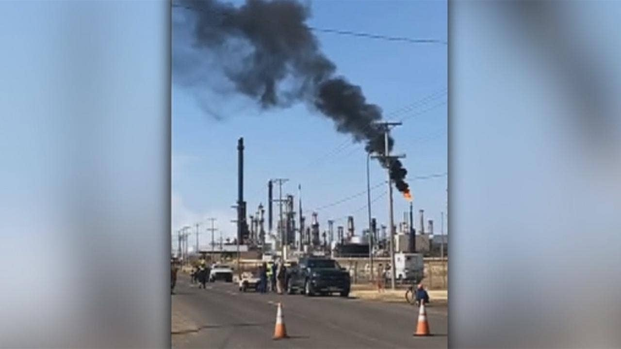 Evacuations ordered near Wisconsin oil refinery where explosion left at least 11 people injured | Fox News